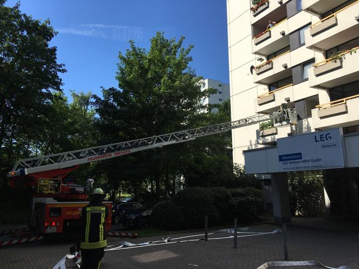 FW-Erkrath: Brandgeruch in einem Hochhaus am Stadtweiher