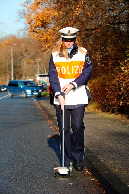 POL-REK: Verkehrsunfall beim Abbiegen - Pulheim