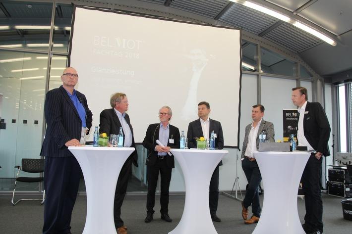 Podiumsdiskussionsrunde mit Jürgen Book, Dr. Harry Niemann, Richard Keller, Michael Eckert, Fabian Ebrecht und Ralf Stumpfernagel (v.l.n.r.)