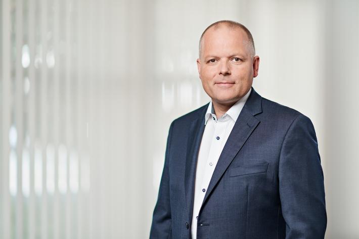 Ansgar-Hinz-CEO-2017-Uwe-Noelke.jpg