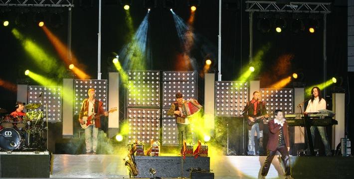 Die KLOSTERTALER  live beim 60. Arlberger Musikfest vom 9.-11. Juli 2010 - BILD