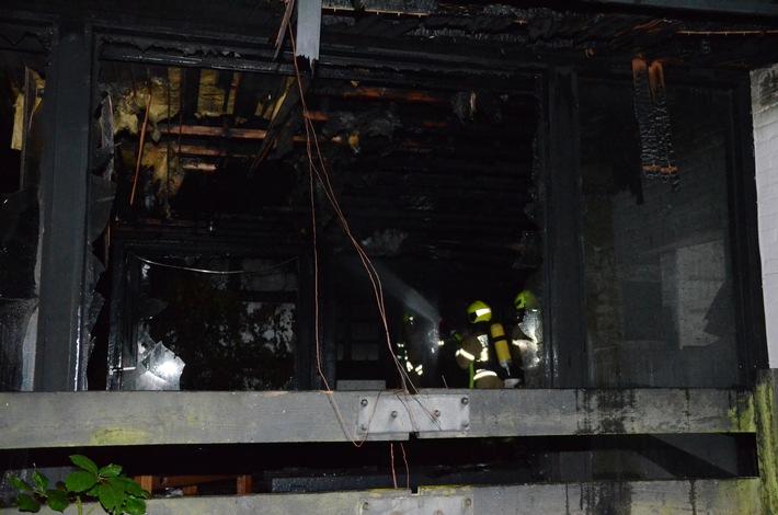 Erneuter Brand in Gebäudeanbau Ratingen Hösel.