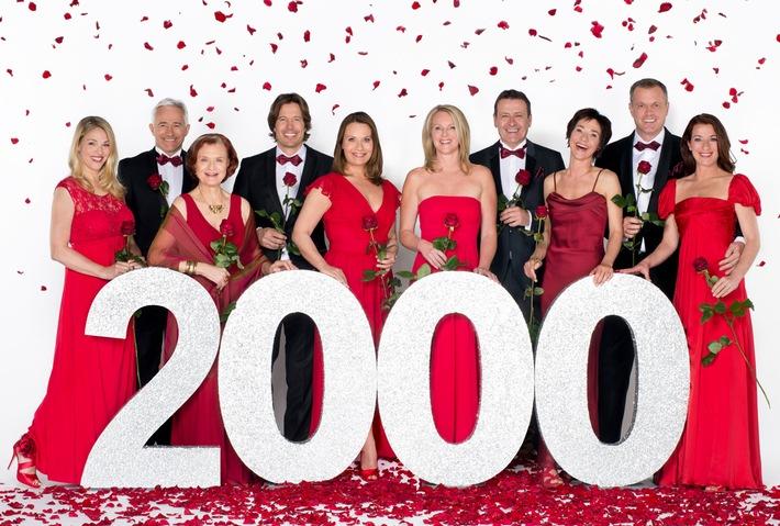 """Das Erste / """"Rote Rosen"""" feiert 2000 Folgen und eine neue Hauptdarstellerin / Anne Moll spielt im neuen Kapitel der ARD-Telenovela eine Heldin mit einem Lebensgeheimnis"""