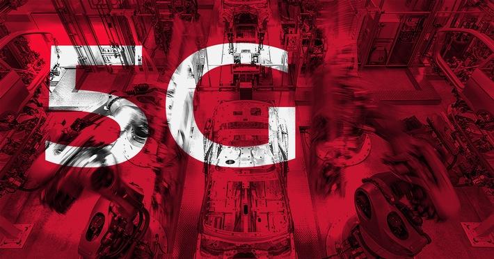 """Der Premium-Automobilhersteller Audi und der 5G-Innovationsführer Ericsson erproben erstmals den Einsatz der aufkommenden Mobilfunk- und Netztechnologie 5G für die Automobilfertigung. Hierzu haben die beiden Unternehmen eine gemeinsame Absichtserklärung unterzeichnet. Ziel der Zusammenarbeit ist es, das Potential von 5G als eine zukunftssichere und auf die hohen Anforderungen der Automobilproduktion abzielende Kommunikationstechnologie zu untersuchen. / Audi und Ericsson erproben 5G-Technologie für die Automobilfertigung / Weiterer Text über ots und www.presseportal.de/nr/13502 / Die Verwendung dieses Bildes ist für redaktionelle Zwecke honorarfrei. Veröffentlichung bitte unter Quellenangabe: """"obs/Ericsson GmbH/Audi AG"""""""
