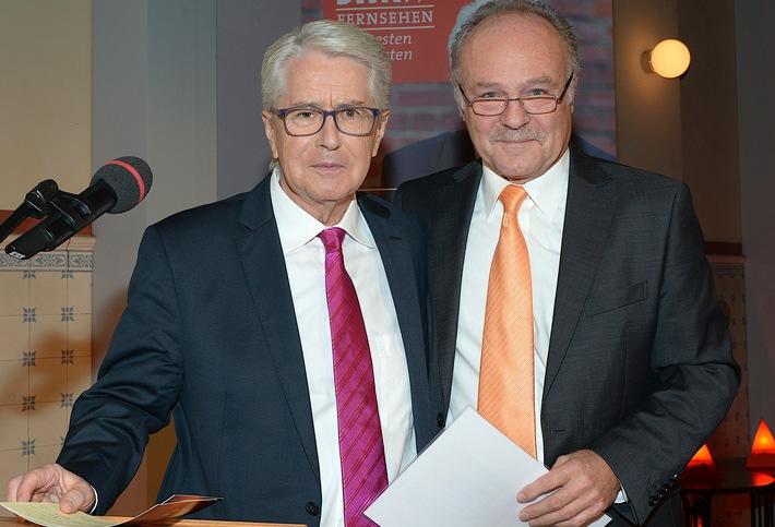 SWR Intendant Peter Boudgoust gratuliert Frank Elstner