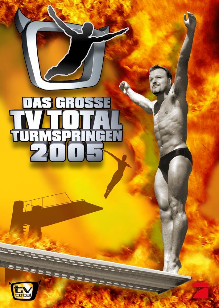 """Das Plakat zu """"Das große TV total Turmspringen 2005"""" - Dieses Bild darf bis zum Dezember 2005 honorarfrei für redaktionelle Zwecke zur Programmankündigung und nur mit Copyright verwendet werden. Keine Weitergabe an Dritte. © ProSieben"""