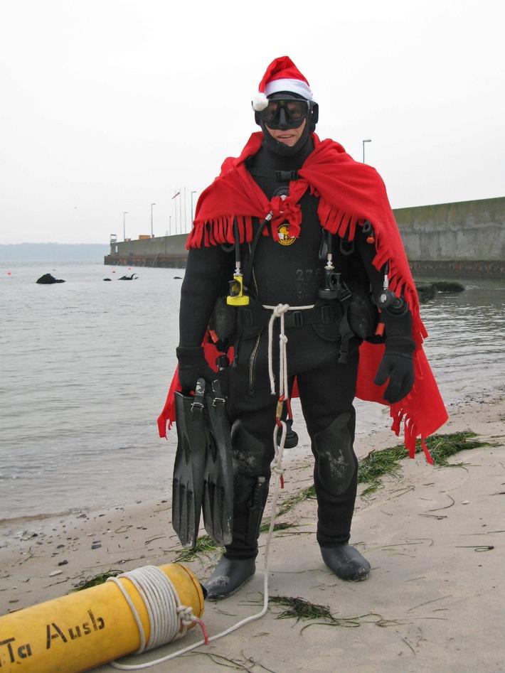 ▷ Deutsche Marine - Pressemeldung (Report): Zu Weihnachten \