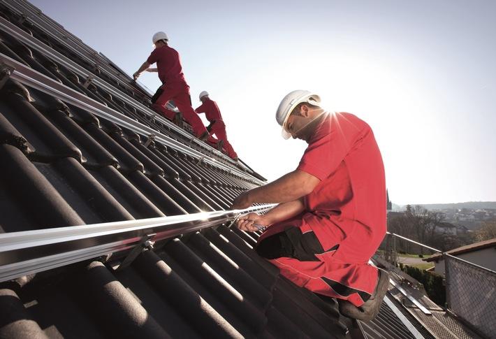 Zusammenarbeit im Photovoltaik-Markt: E.ON und IBC SOLAR starten Kooperation