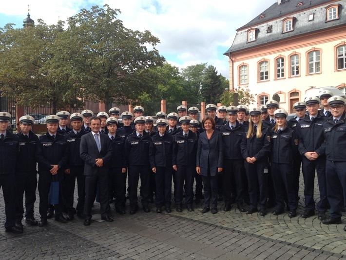 HDP-RP: Polizeinachwuchs zu Gast im Landtag
