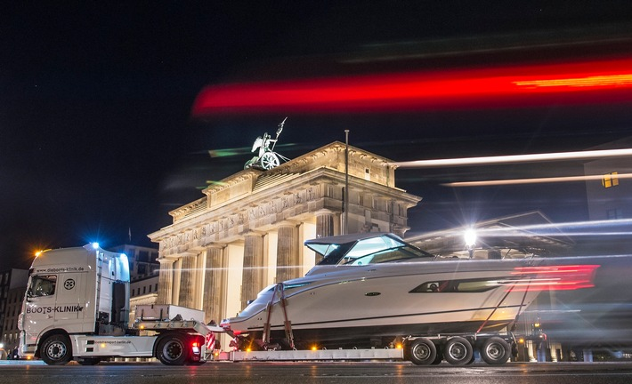 """Mit dem Boot durch Berlin"" mal anders"