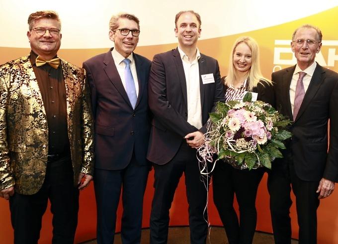 Auf dem Bild zu sehen: v.l.n.r. Hartmut LöW MCC, Andreas Storm DAK-Gesundheit, Alexander Brocks Arvato, Larissa Buck Arvato, Bert Rürup
