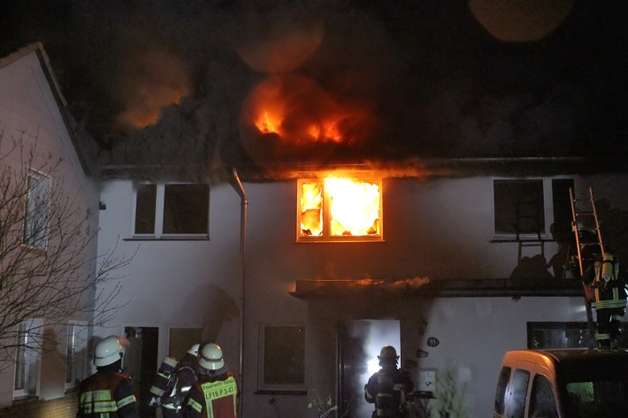 POL-HM: Wohnhausbrand in Hameln