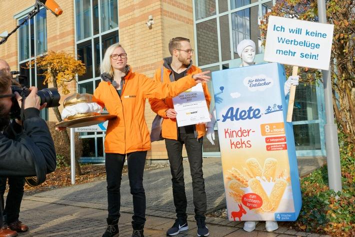 foodwatch-Protestaktion bei Alete: Babynahrungshersteller lehnt Goldenen Windbeutel ab - Verbraucherorganisation fordert: Alete muss Babykeks vom Markt nehmen