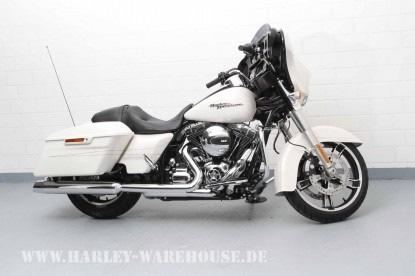 POL-WHV: Diebstahl einer Harley Davidson aus einer Garage in Schortens - Polizei sucht Zeugen