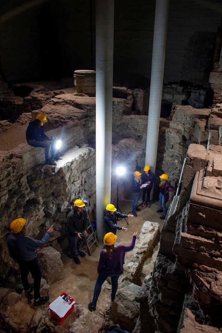 Durch das Projekt sollen die bis in die Römerzeit zurückreichenden archäologischen Spuren auf dem Gelände der Kirchenruine St. Kolumba erhalten werden (Foto: Thilo Schmülgen / TH Köln)