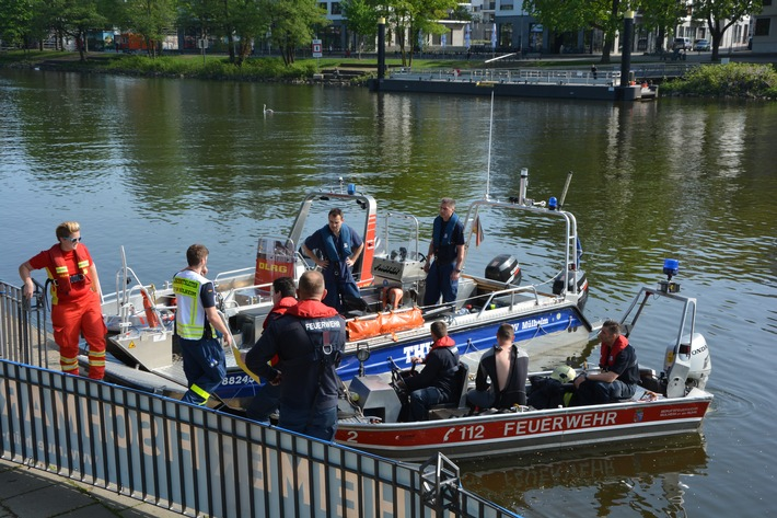 Personensuche nach Sprung von der Schloßbrücke wurde fortgesetzt.