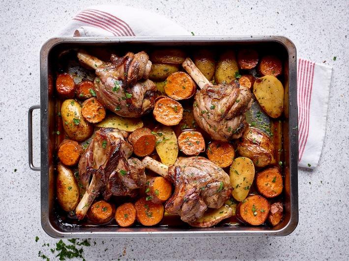 Der Herbst ist da! Leckeres Herbstrezept mit Lammfleisch: Lammkeule mit pikanter Paprika und zweierlei von der Kartoffel