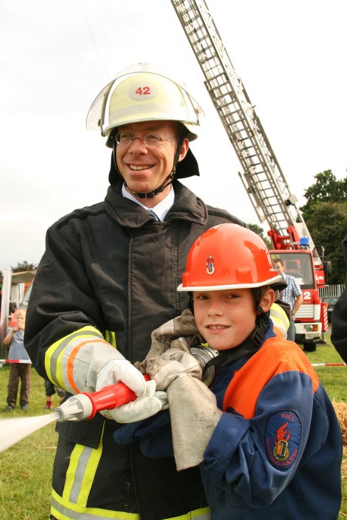 FW-LFVSH: Auf der NORLA Feuerwehrluft schnuppern