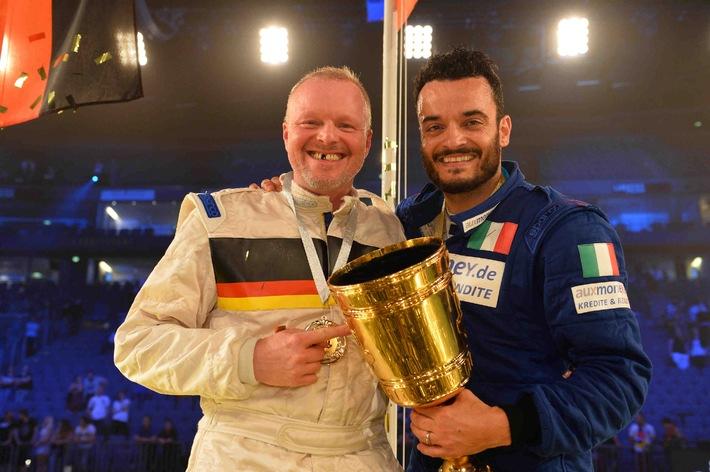 """Eine WM, zwei Sieger: Italien gewinnt Stefan Raabs """"TV total Autoball-WM"""", ProSieben  den Tag"""