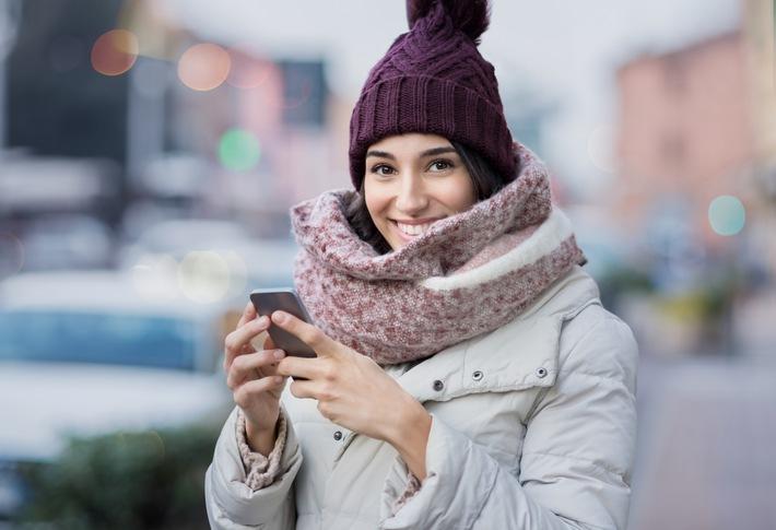 Dank moderner Technik erscheint der Zuckerwert automatisch und diskret alle fünf Minuten auf einem kompatiblen Smartphone / Weiterer Text über ots und www.presseportal.de/nr/128601 / Die Verwendung dieses Bildes ist für redaktionelle Zwecke honorarfrei. Veröffentlichung bitte unter Quellenangabe: