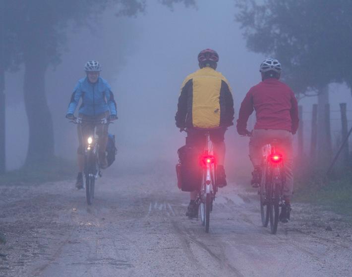 Auch bei Wind und Wetter: Mit dem Rad sicher ans Ziel