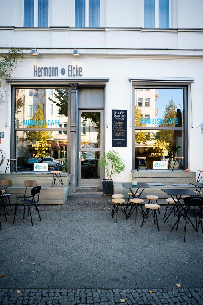 """Ecover Rubbish Café in Berlin. Weiterer Text über ots und www.presseportal.de/nr/101523 / Die Verwendung dieses Bildes ist für redaktionelle Zwecke honorarfrei. Veröffentlichung bitte unter Quellenangabe: """"obs/ECOVER Deutschland GmbH"""""""