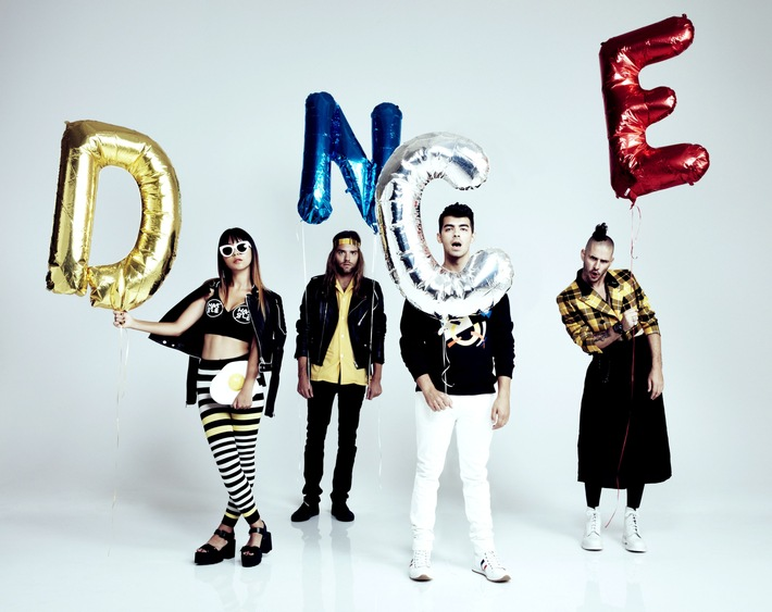 """DNCE erobern mit Sommer-Hymne """"Cake By The Ocean"""" Platz 1 der deutschen Airplaycharts"""