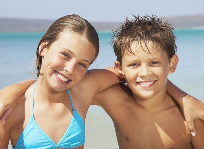 Erfolgreiche Kooperation von alltours und Schwimmschule