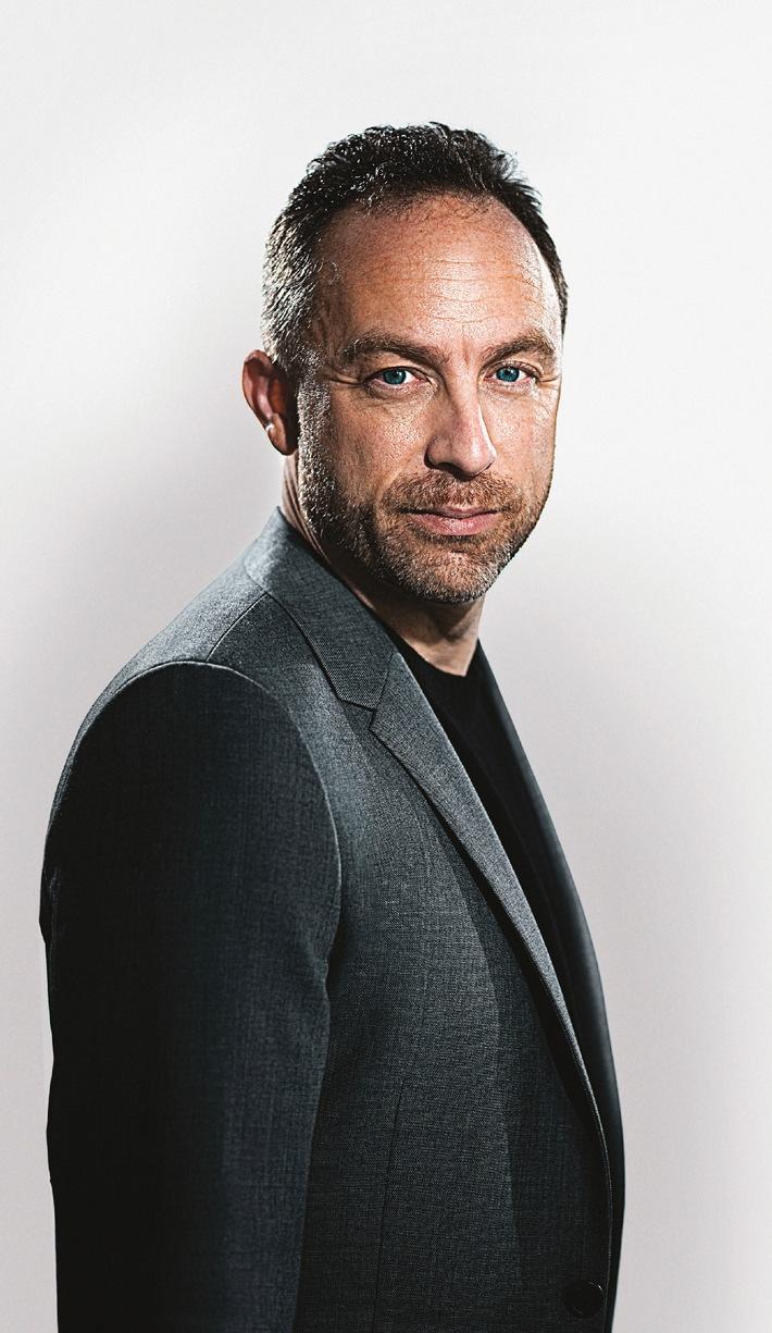 """Jimmy Wales, le nouveaux ambassadeur de la marque horlogère suisse Maurice Lacroix donnent le ton / Texte complémentaire par ots et sur www.presseportal.ch. L'utilisation de cette image est pour des buts redactionnels gratuite. Publication sous indication de source: """"obs/Maurice Lacroix S.A."""""""
