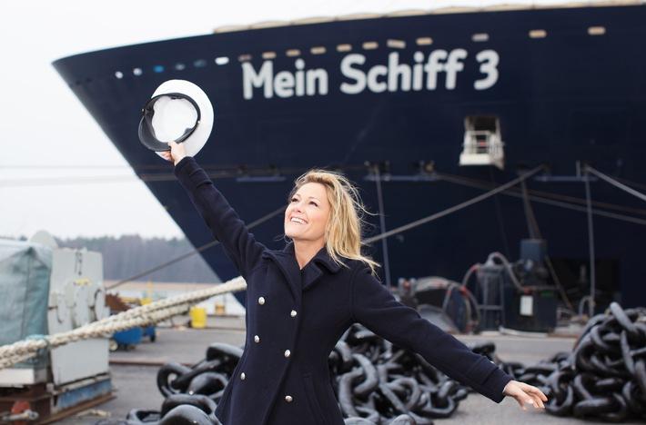 Taufgeschenk von TUI Cruises an seine Fans und die Stadt Hamburg - Live-Konzert am Fischmarkt mit Mein Schiff 3 Taufpatin Helene Fischer