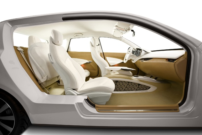 The re3 concept: triple symbiosis between form, function and finesse / Johnson Controls presents new concept car at IAA 2009