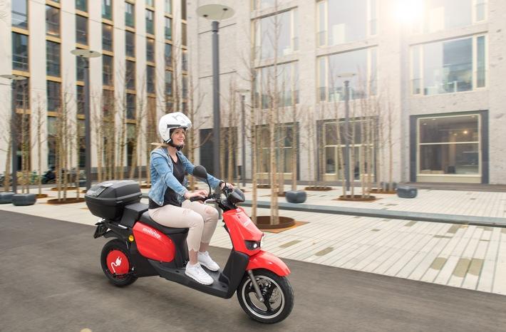 """Mobility lance le scooter sharing à Zurich. Texte complémentaire par ots et sur www.presseportal.ch/fr/nr/100010161 / L'utilisation de cette image est pour des buts redactionnels gratuite. Publication sous indication de source: """"obs/Mobility Carsharing Schweiz"""""""