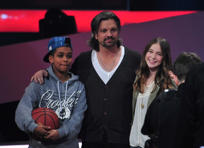 """Team Henning: Danyiom (14) und Hanna (14) sind die ersten Finalisten bei """"The Voice Kids"""" 2014"""