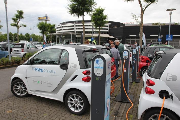 Projekt eMERGE: Elektrofahrzeuge intelligent regenerativ betanken