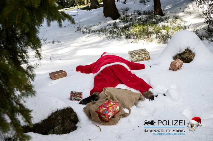POL-FR: Feldberg / Polarkreis: Havarie eines Schwerlastschlittens (Erste Adventsmeldung)