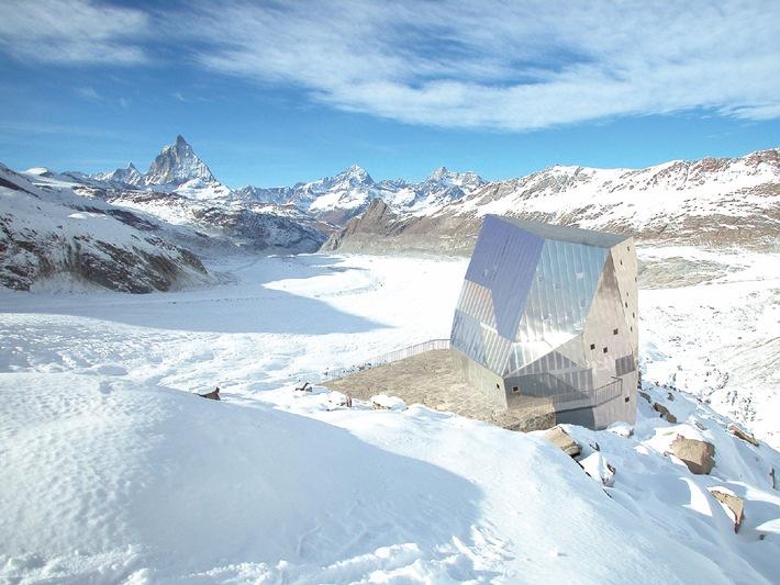 """Visualisierung der Neuen Monte Rosa-Hütte: So wird das Bauwerk aussehen, wenn es im Herbst 2009 fertig gestellt ist. Weiterer Text über ots. Die Verwendung dieses Bildes ist für redaktionelle Zwecke honorarfrei. Abdruck unter Quellenangabe: """"obs/Schweizer Alpen-Club SAC"""""""