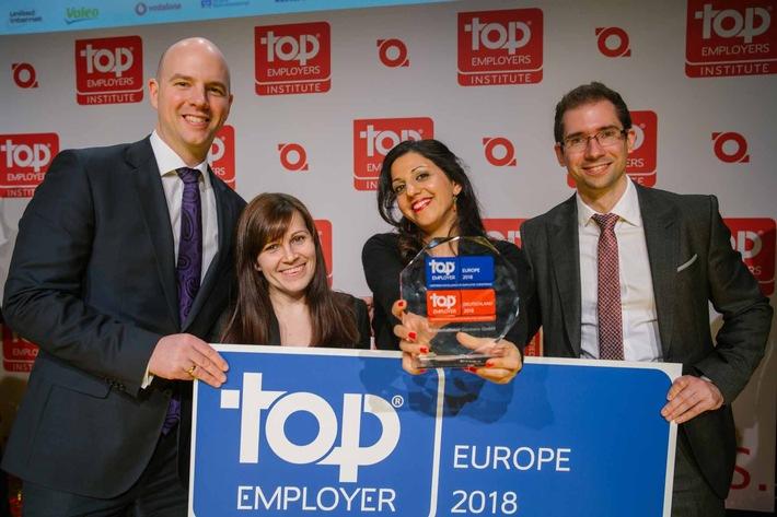 """Auszeichnung """"Top Employer"""" geht an JTI / Auch 2018 gehört JTI Germany wieder zu den besten Arbeitgebern (FOTO)"""