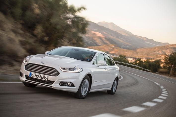 Ford startet die Produktion des neuen Ford Mondeo Hybrid - dem ersten Hybrid-Fahrzeug von Ford in Europa