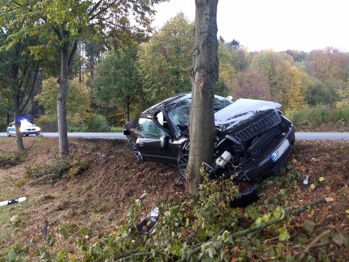 Verunfallter Pkw Audi