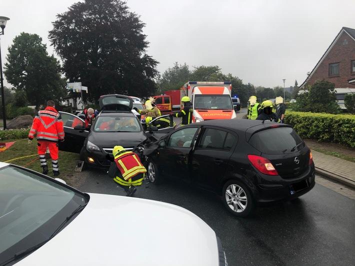 POL-CUX: Schwerer Unfall in Cuxhave-Berensch (Lichtbild in der Anlage)