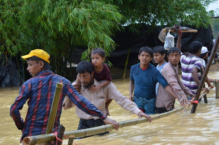 Menschen fliehen in Bangladesch vor dem Monsun_World Vision_Himaloy Joseph Mree.JPG