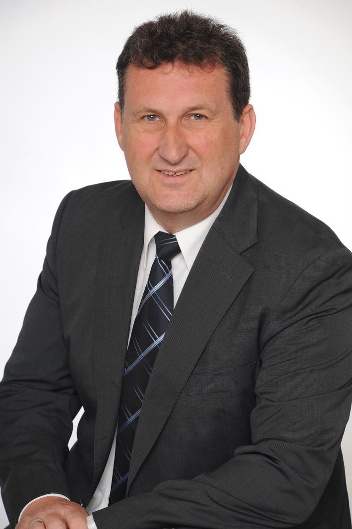 Richard Brodrecht wird Direktor Flug bei alltours / Alle Flugabteilungen unter neuer Leitung