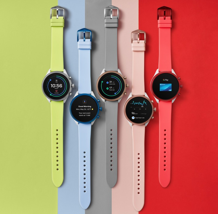 "Fossil Sport / Fossil launches its first Smartwatch on the Qualcomm Snapdragon Wear 3100 platform / Fossil Sport is the lightest, most colorful, sporty offering in Fossil's wearable portfolio / More information: www.presseportal.de/nr/112242 / Please quote the source: ""obs/Fossil Group"""