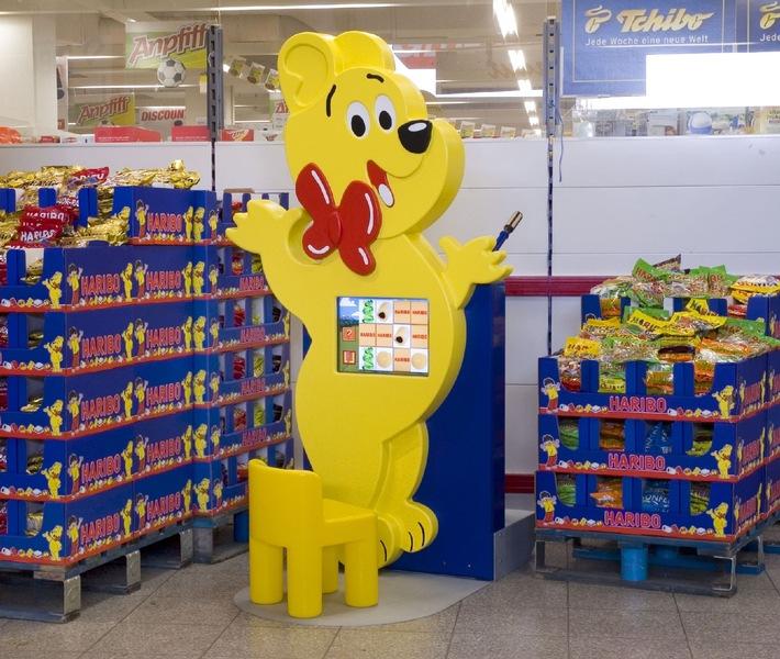 """Happy Kids im HARIBO Goldbären-Design. Die Verwendung dieses Bildes ist für redaktionelle Zwecke honorarfrei. Abdruck bitte unter Quellenangabe """"obs/Gauselmann Gruppe""""."""