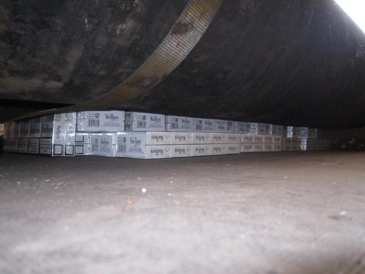 POL-H: Polizei stellt 100 Stangen Zigaretten sicher
