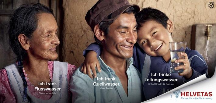 """Familiengeschichte aus Villa Serrano im Hochland von Bolivien: Grossmutter Inés Caraballo holte Wasser in kilometerweit entfernten Tümpeln, während ihr Sohn, Teófilo Caraballo, dank Beratung und Weiterbildung von Helvetas ein eigenes Bewässerungs- und Trinkwassersystem aufbaute. So trinkt sein 6-jähriger Sohn Rilberth heute sauberes Wasser aus dem Hahn. Weiterer Text über ots und www.presseportal.ch/de/nr/100000432 / Die Verwendung dieses Bildes ist für redaktionelle Zwecke honorarfrei. Veröffentlichung bitte unter Quellenangabe: """"obs/Helvetas"""""""
