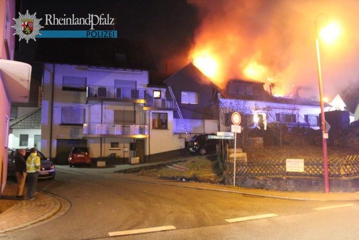 POL-PPWP: Wohnhaus ausgebrannt - mehr als 200.000 Euro Schaden