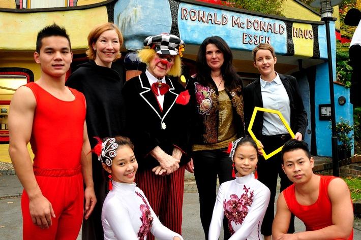 Zirkus mit Herz - Oleg Popov richtet zusammen mit dem Chinesischen Staatscircus eine Benefizveranstaltung zugunsten der McDonald's Kinderhilfe Stiftung aus