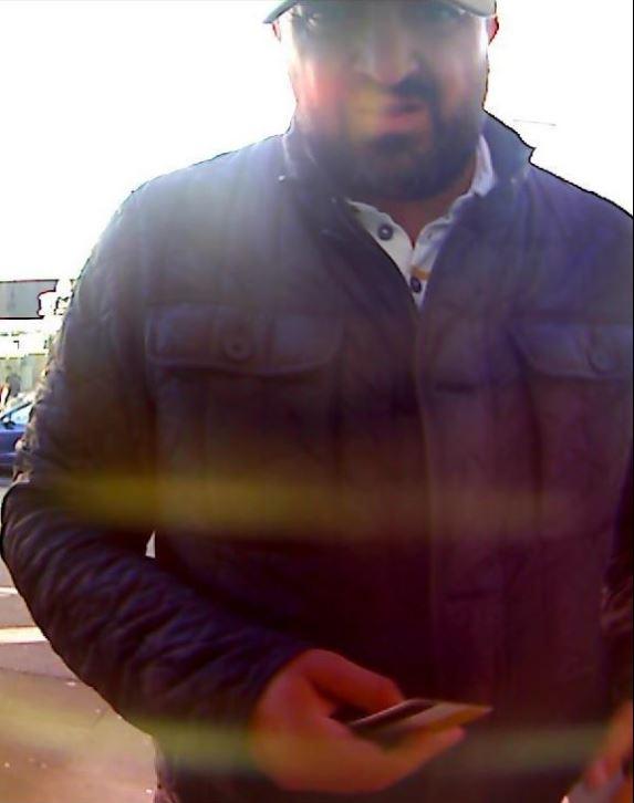 Foto-Fahndung: Unbekannter hob mit gestohlener…