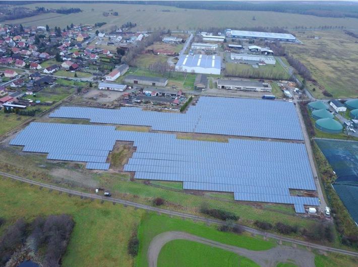 Stadtwerke Halle und Trianel realisieren Solarprojekt / Trianel baut kommunale Projektentwicklung weiter aus